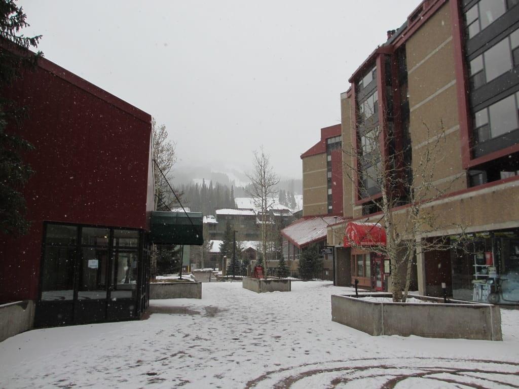 Early season copper mountain skiing colorado travel blog for Copper village