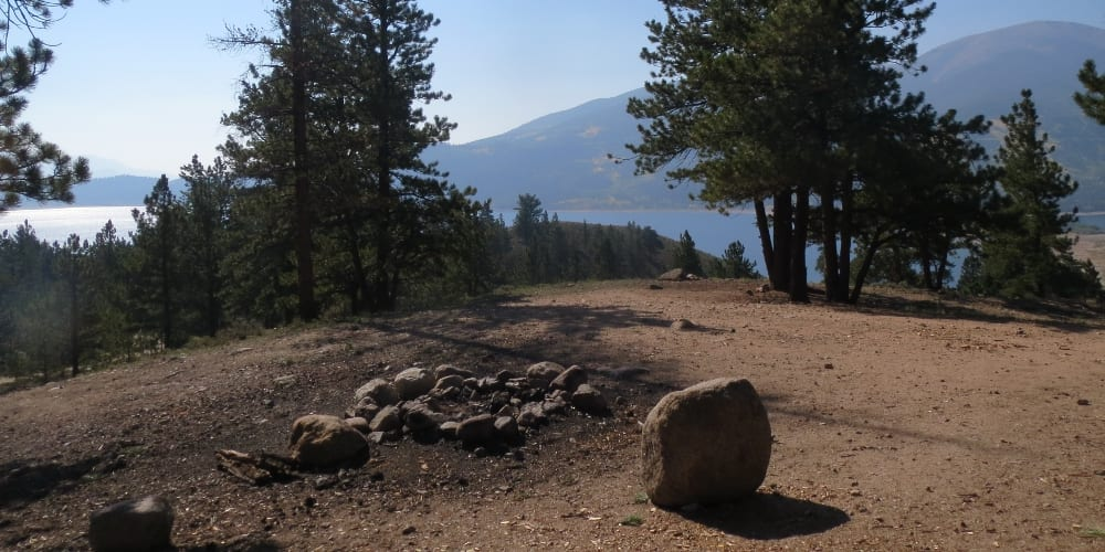 Twin Lakes Free Campsite