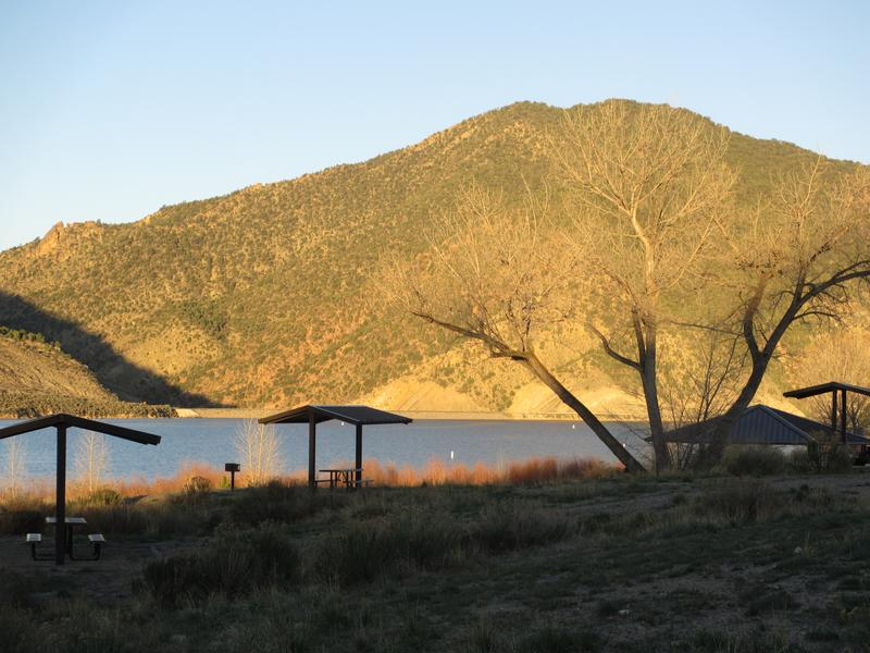Rifle Gap State Park Cottonwood Campground