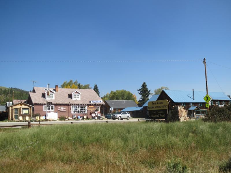 Twin Lakes Co Restaurant