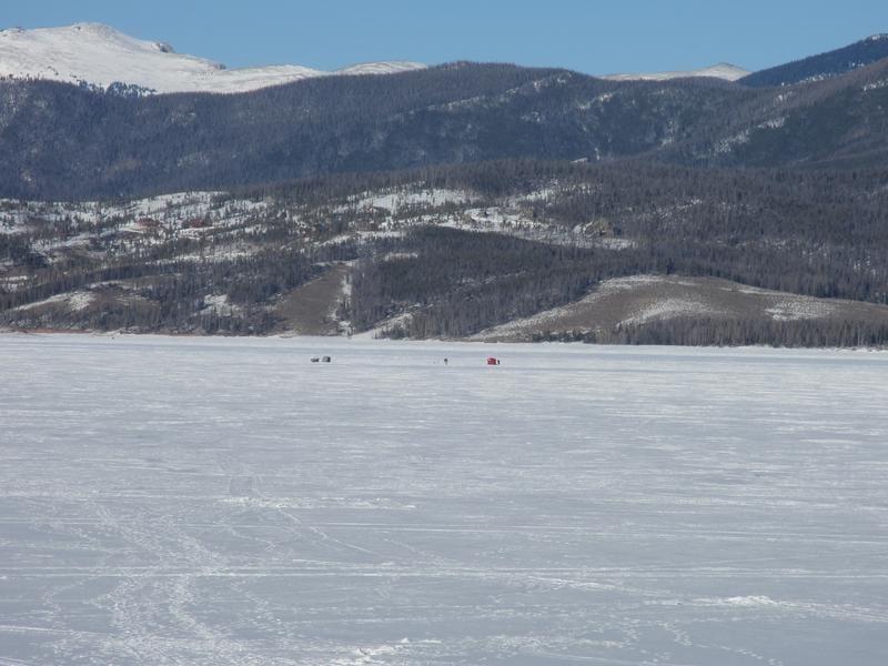 Ice fishing the great lakes of colorado colorado travel blog for Grand lake colorado fishing