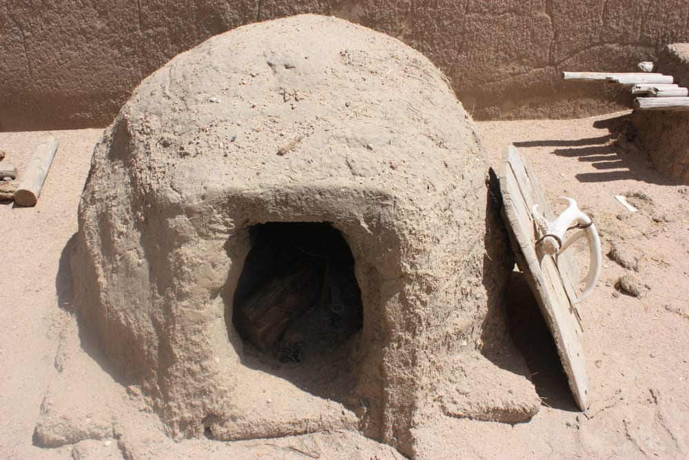 Bent's Old Fort Adobe Oven