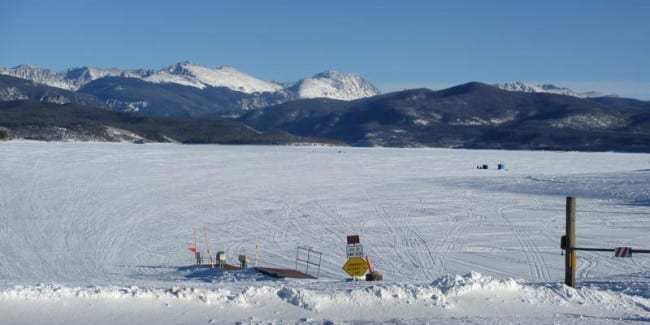 Ice fishing the great lakes of colorado colorado travel blog for Lake granby fishing report