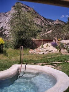 Antero Hot Springs Cabins Pool
