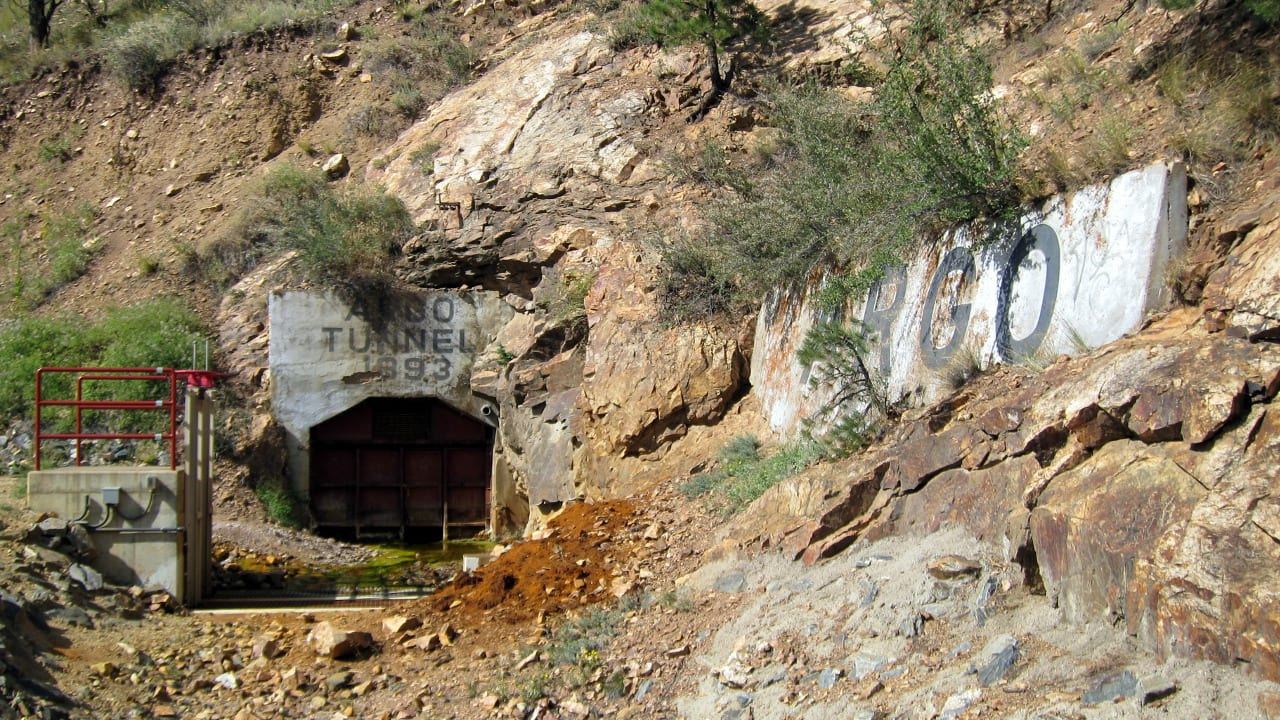 Colorado Mine Tours | Rock Mine Tours and Gold Panning