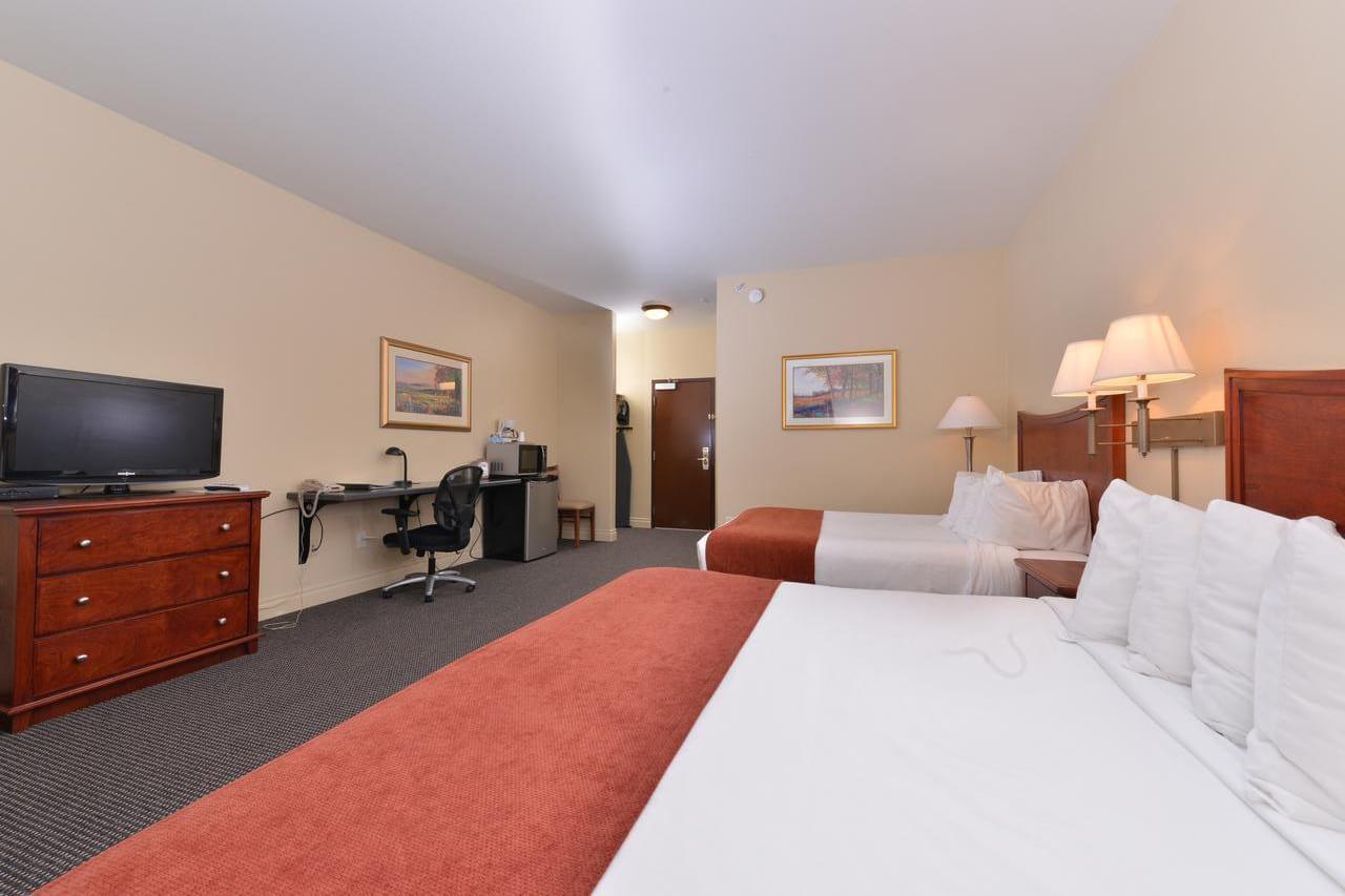 Best Hotels Meeker CO Blue Spruce Inn Hotel Room