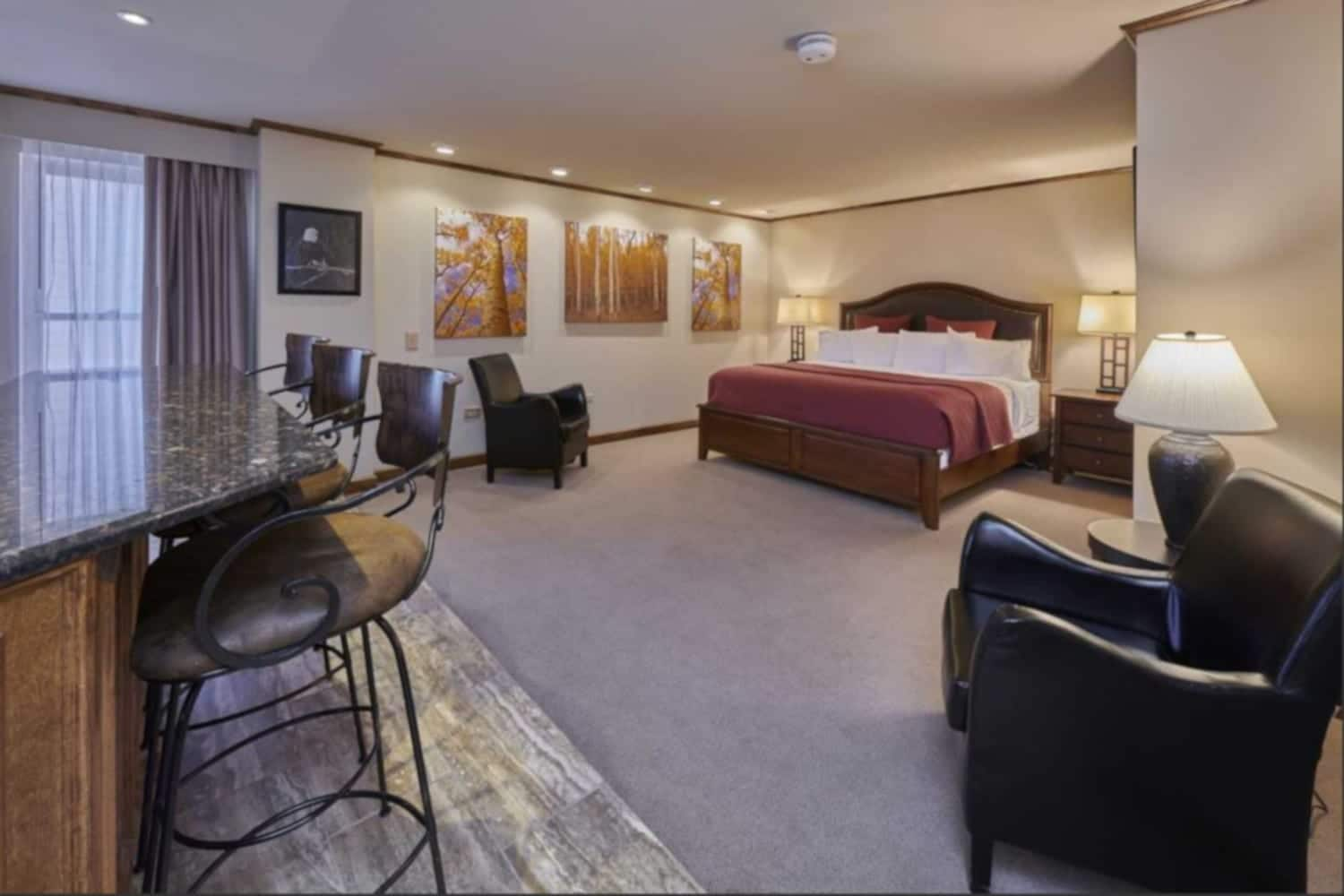 Best Hotels Central City Grand Z Casino Hotel Suite Room