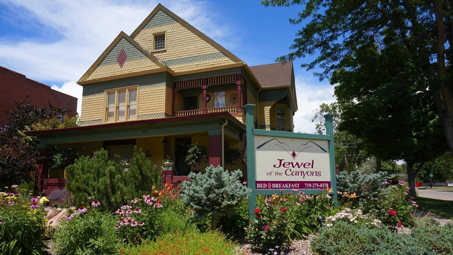 Jewel of the Canyons Bed & Breakfast Cañon City