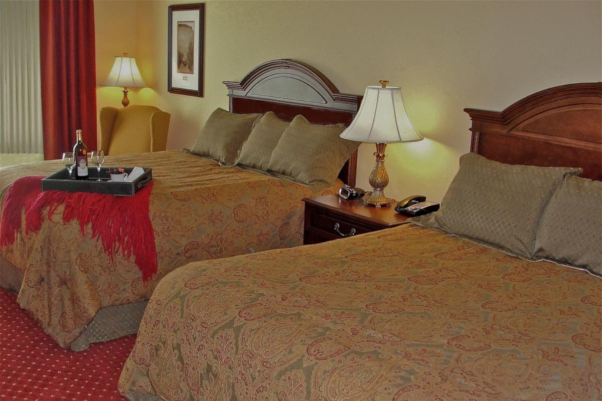 Best Hotels Palisade CO Wine Country Inn Room Beds