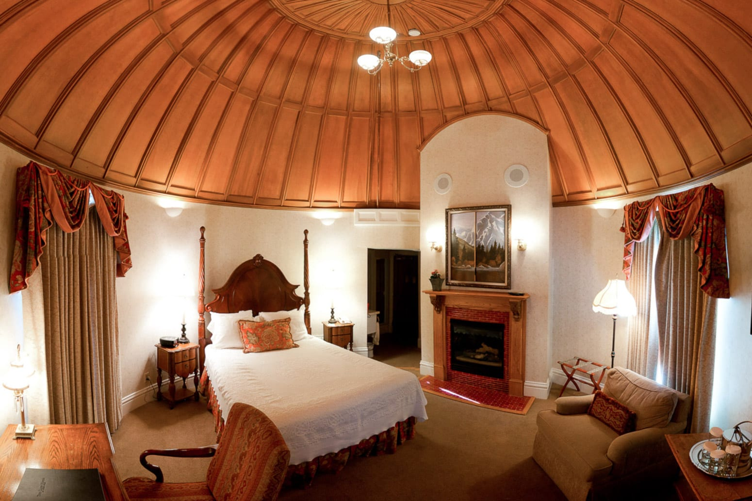 Manitou Springs Best Hotels The Cliff House Circular Room