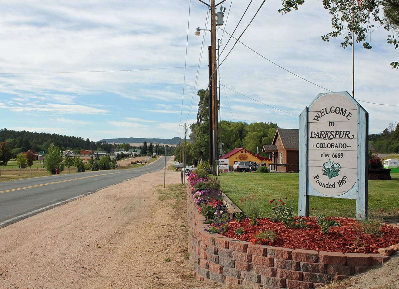 Larkspur Colorado Welcome Sign