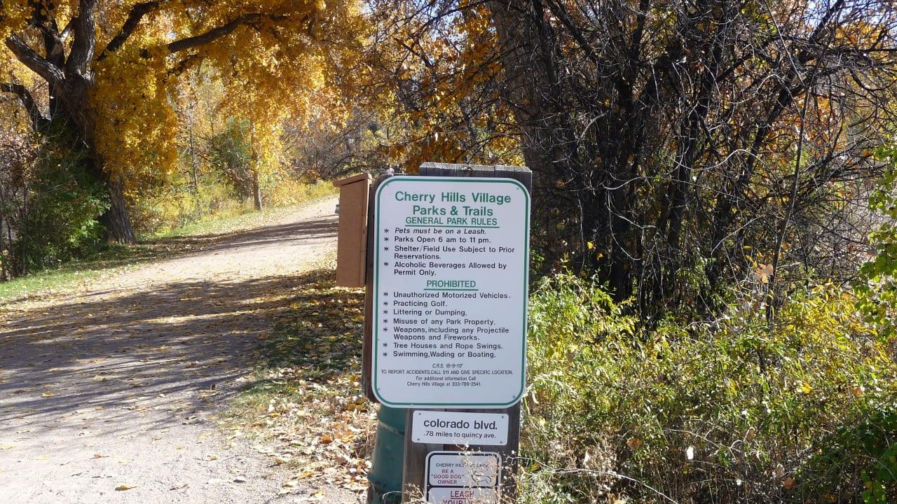 Cherry Hills Village Trailhead