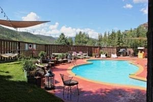 Vail Run Resort Swimming Pool