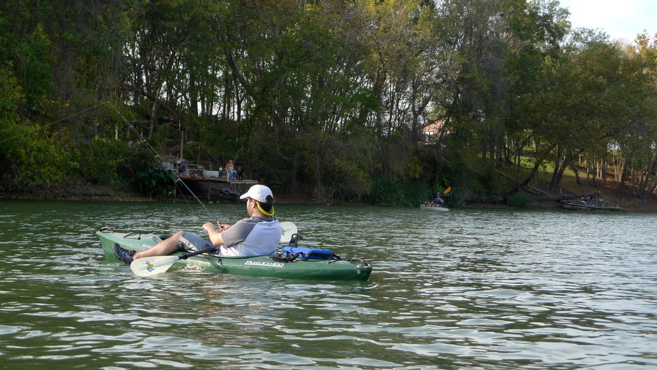 11 best places to kayak in colorado lakes and rivers for for Best fishing spots in colorado