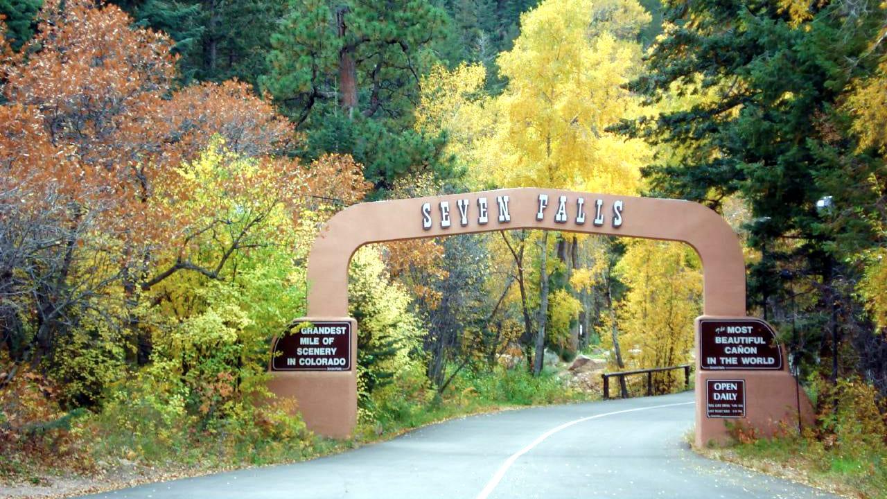 Seven Falls Colorado Springs Entrance