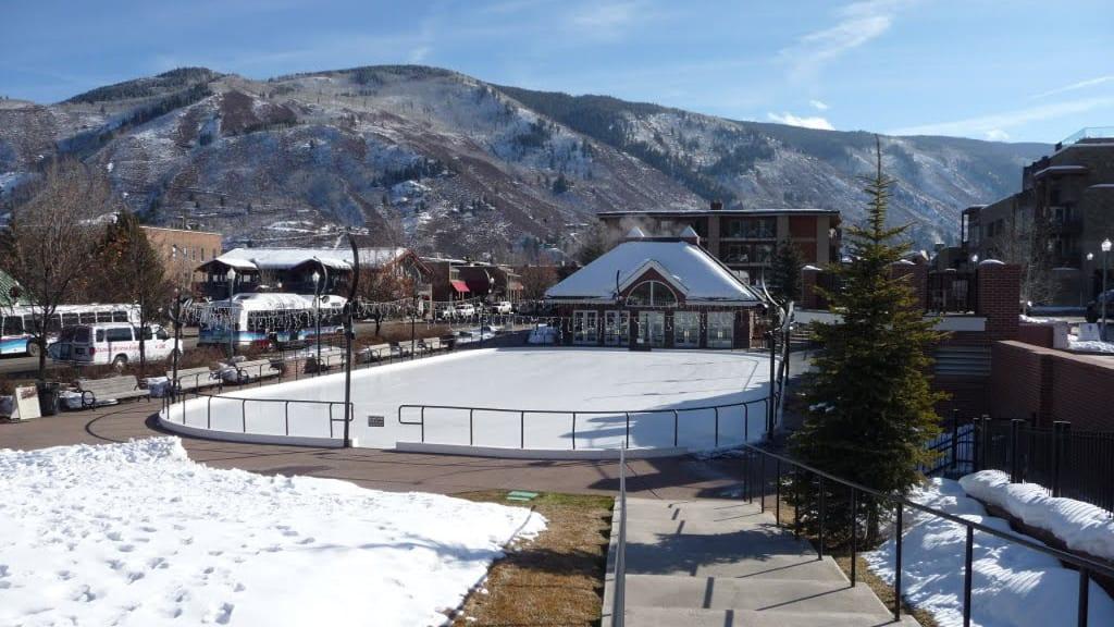 Silver Circle Ice Skating Aspen