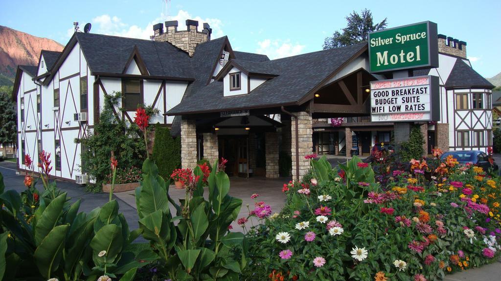 Silver Spruce Lodge Motel Glenwood Springs
