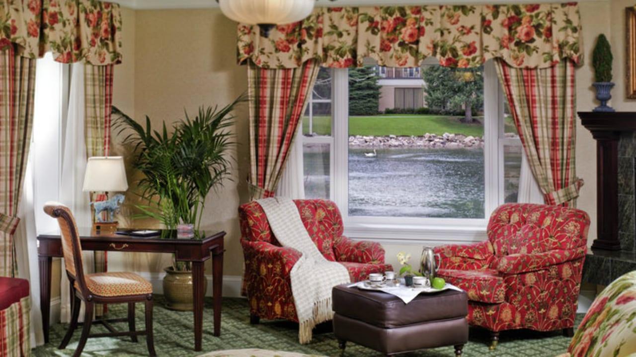 Broadmoor Hotel Lakeside Cottage Colorado Springs
