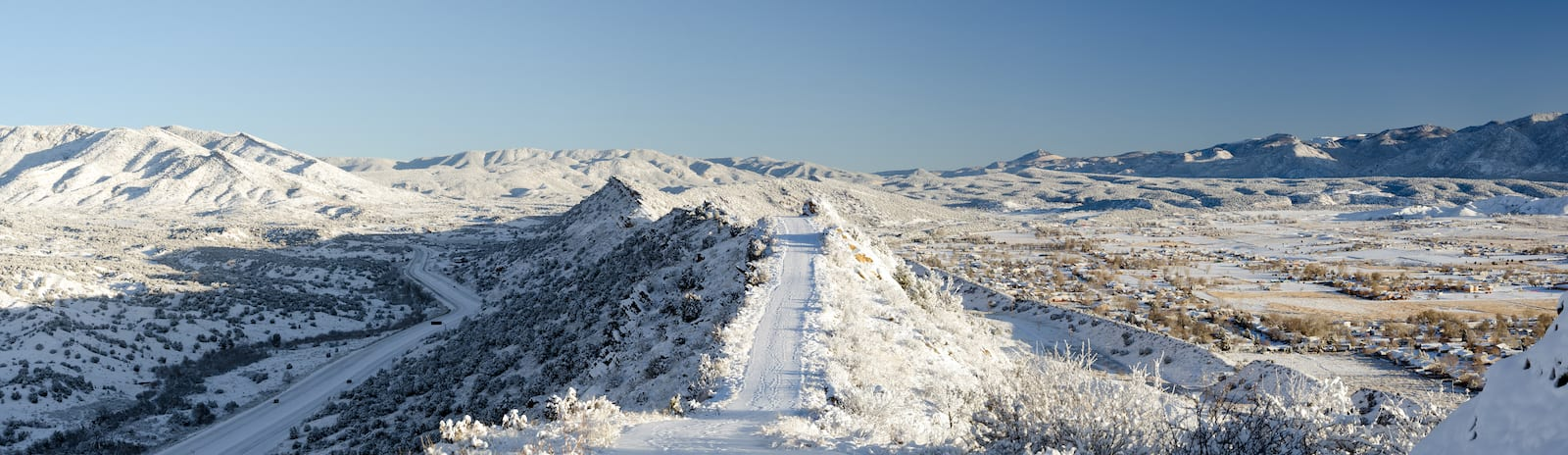 Skyline Drive in Cañon City Colorado Winter Driving