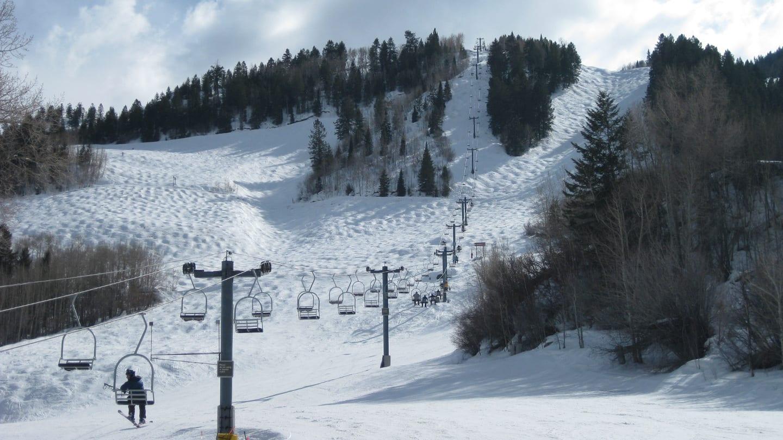 Snomwass Mountain Ski Resort Chairlift Bumps