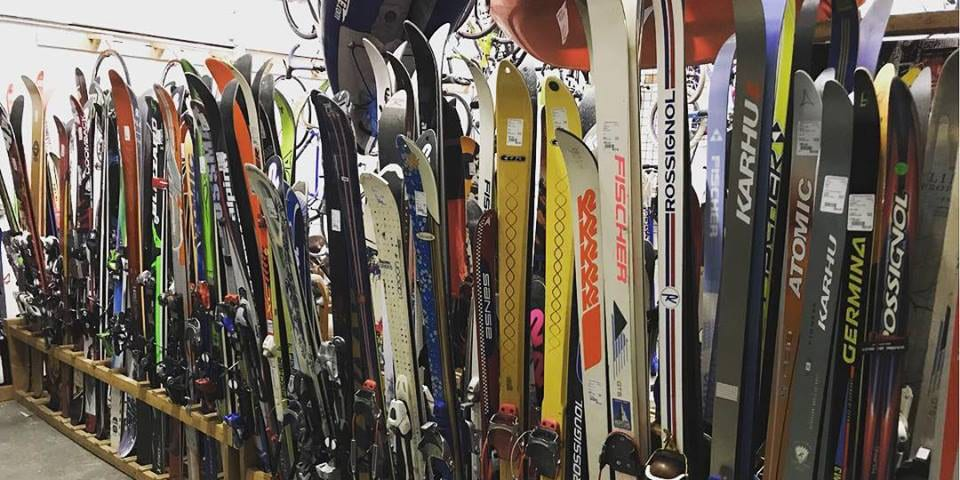 Boulder Sports Recycler Skis