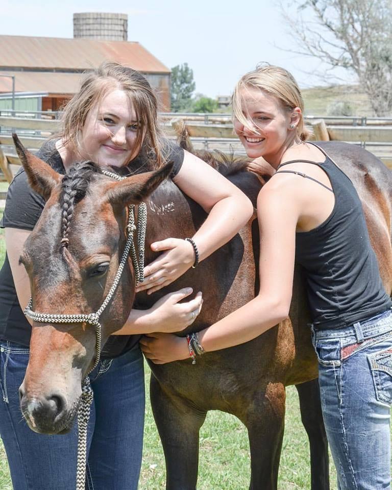 Great Escape Mustang Sanctuary Women Hug