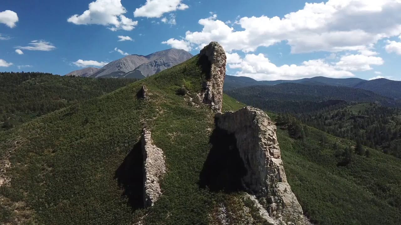 Spanish Peaks Natural Landmark Dikes