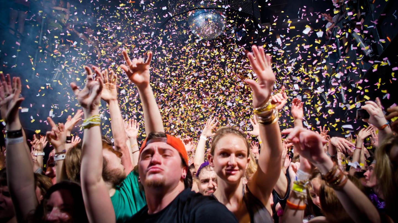 Beta Nightclub Crowd Colorado