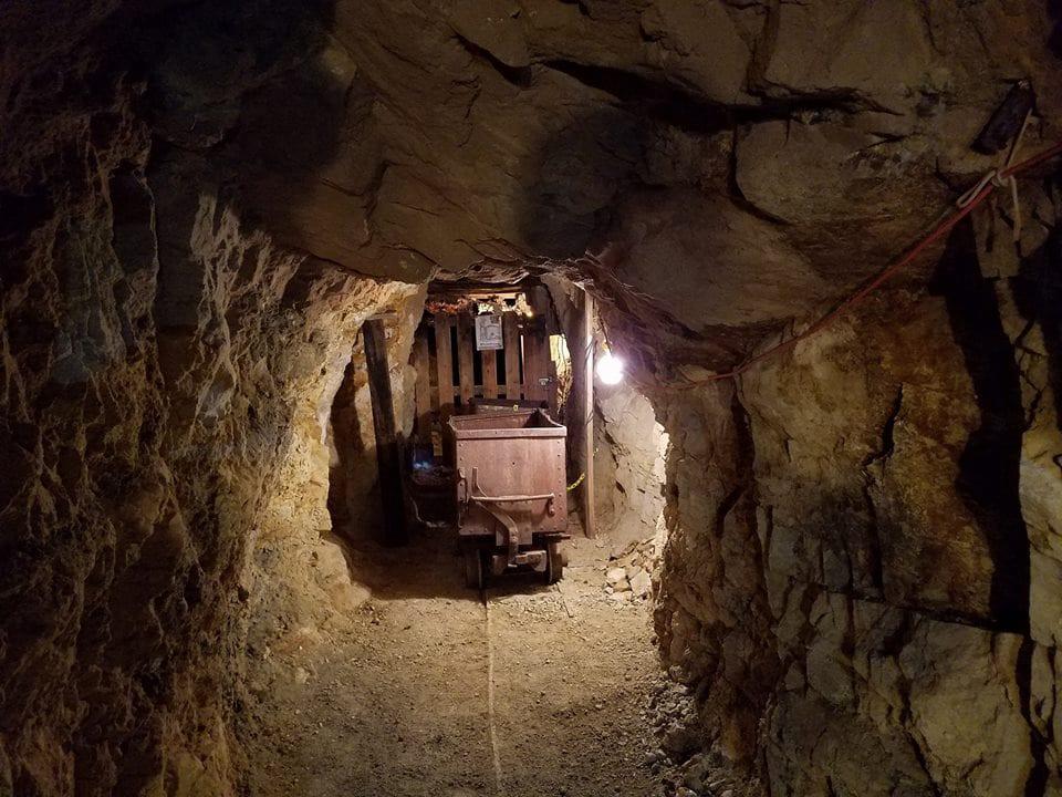 Hidee Gold Mine Rail Car Central City