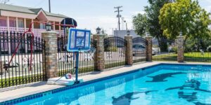 Top Limon CO Hotels Safari Inn Swimming Pool