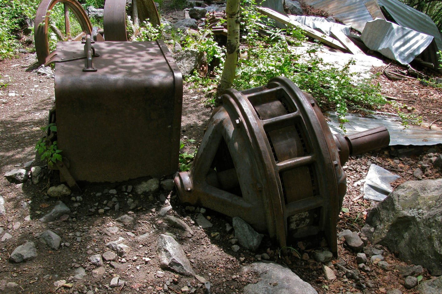 Bear Creek Trail Grizzly Mine Relics