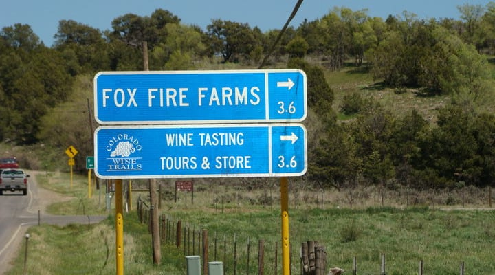 Fox Firm Farms Wine Tastings Sign