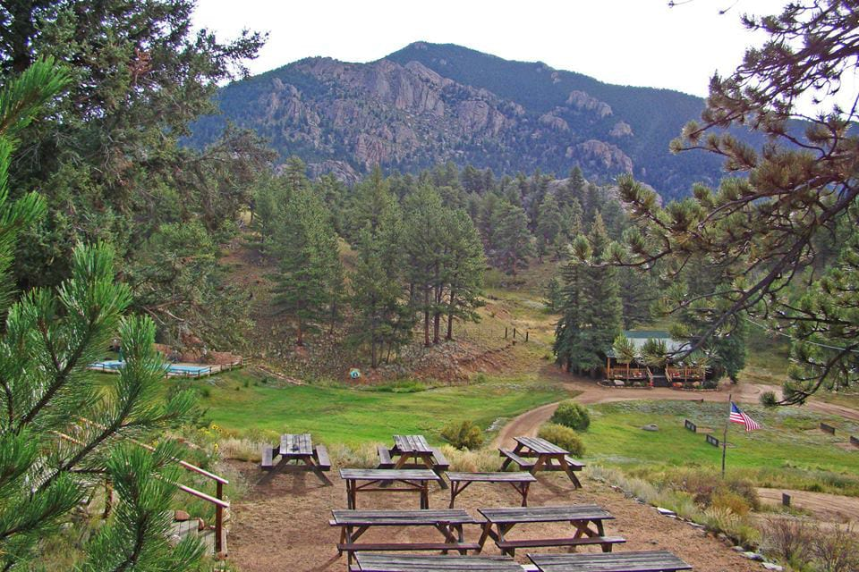 Tarryall River Ranch Picnic Tables