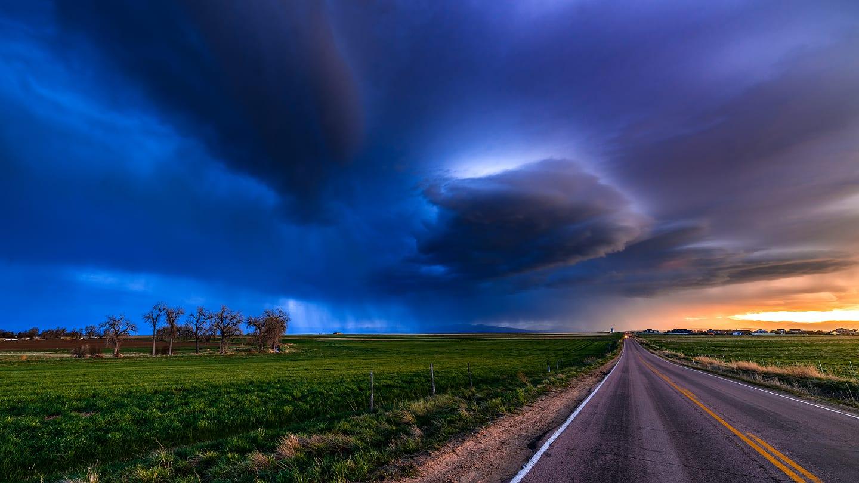 Colorado Highway Driving Bad Weather