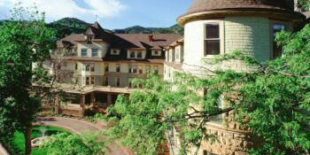 Historic Cliff House Hotel Colorado Springs