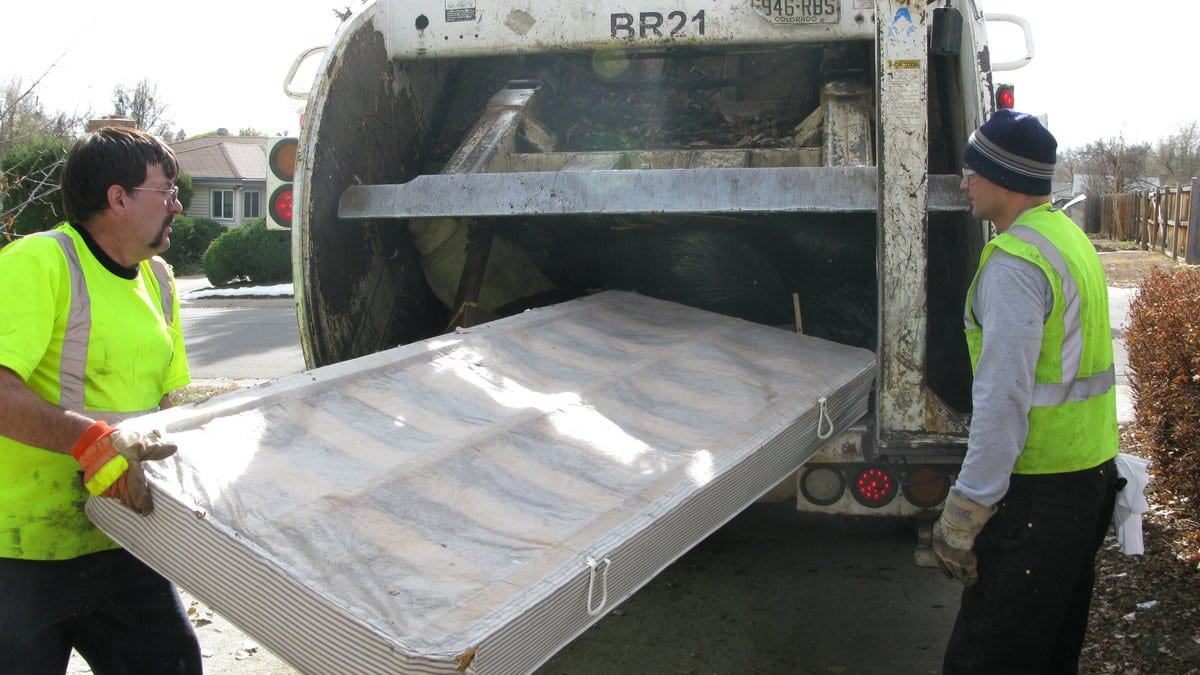 Denver Colorado Large Trash Pickup Bed Boxframe