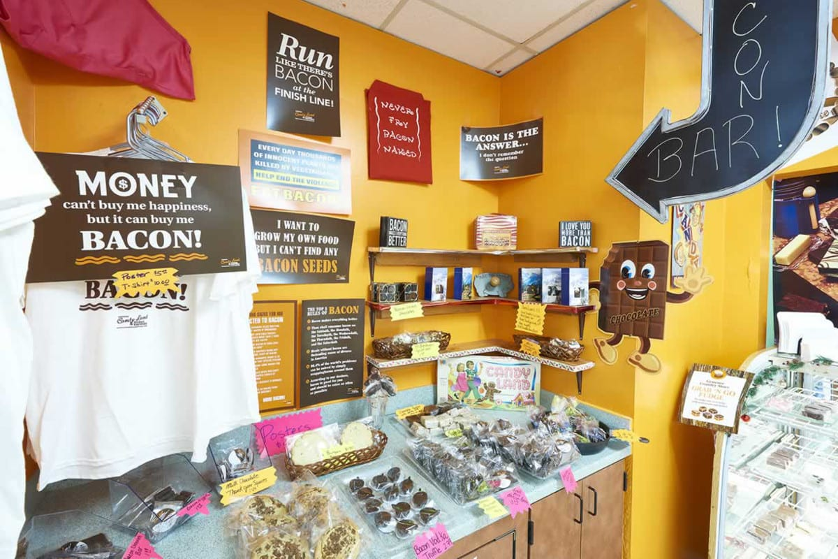 Genesee Candy Land Fudge Factory Golden Store