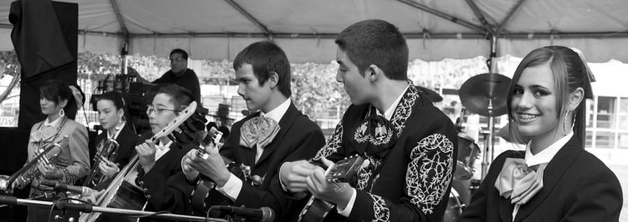 Chile Frijoles Festival Pueblo