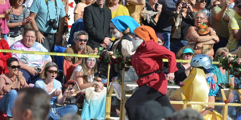 Emma Crawford Coffin Races Dwarfs