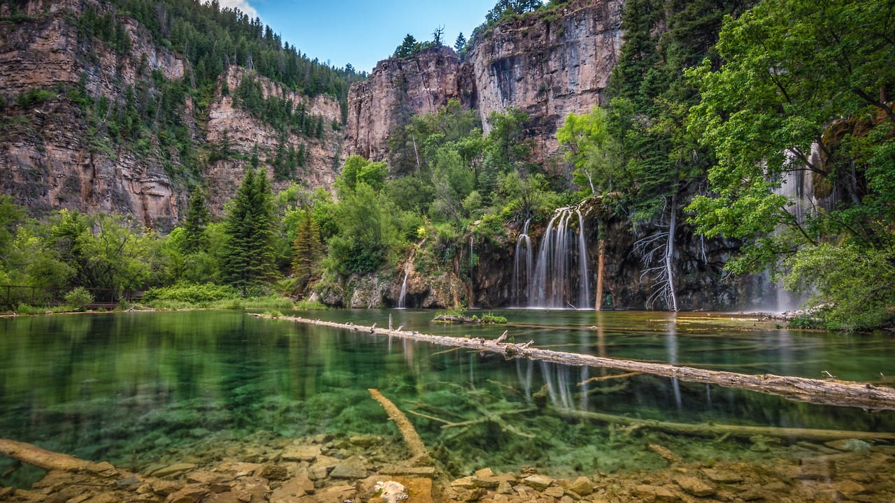 Hanging Lake Waterfalls Green