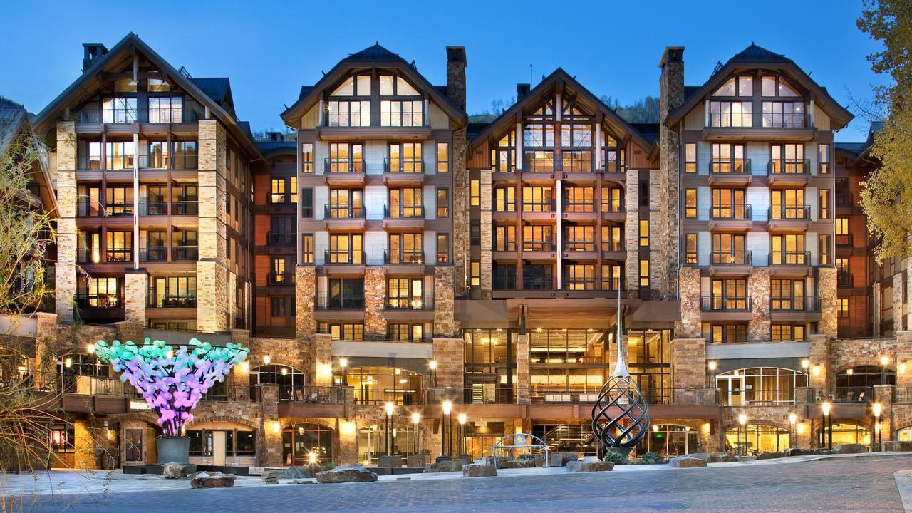 Solaris Residences Hotel Vail Exterior
