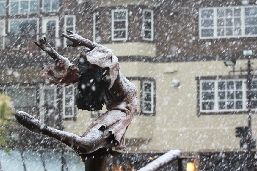 Beaver Creek Ski Resort Village Statue Autumn Snow