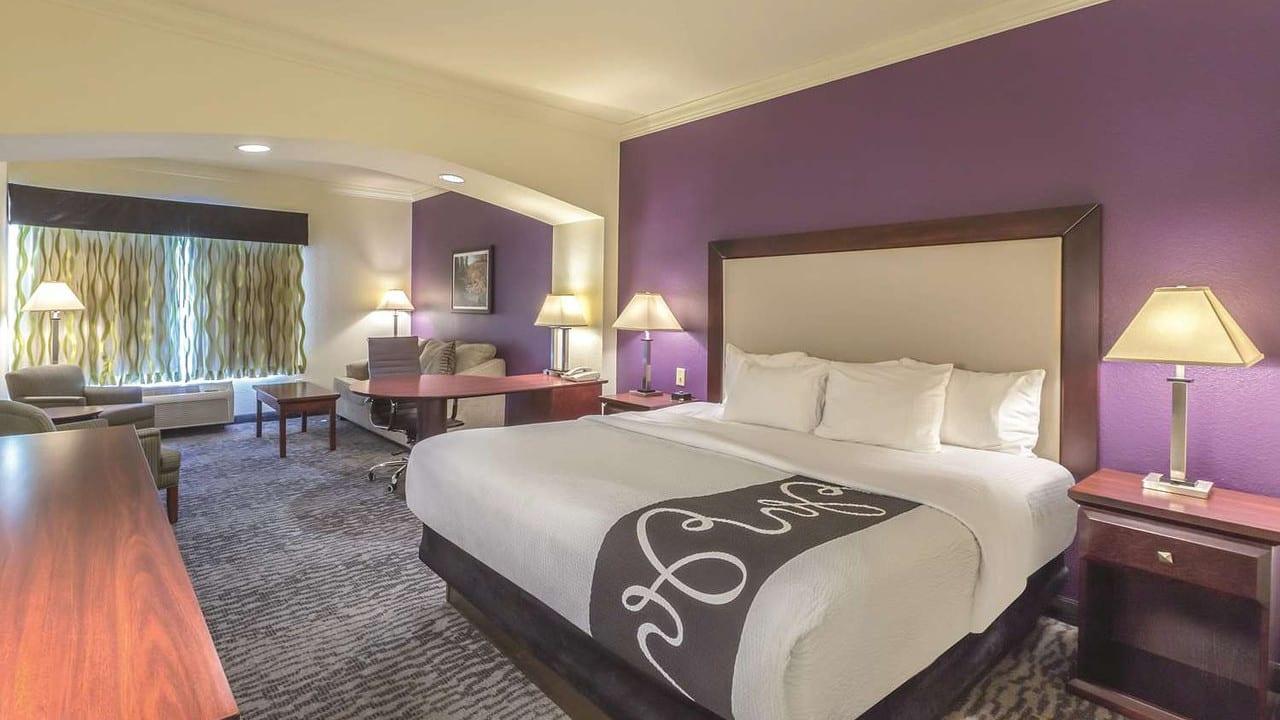 La Quinta Suites Guest Room Loveland CO
