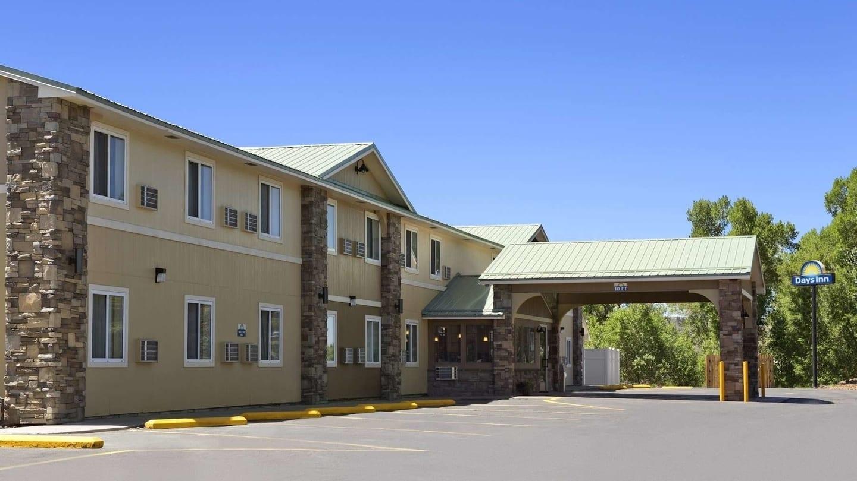Days Inn Suites by Wyndham Gunnison