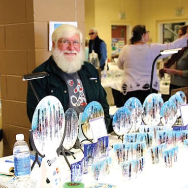 Evergreen Winterfest Plate Art Vendor