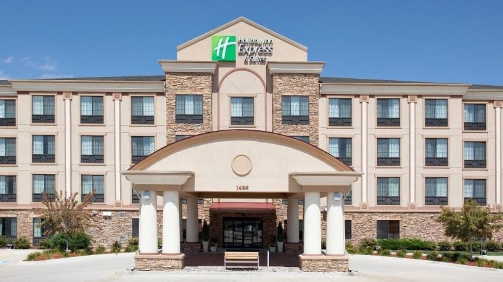 Holiday Inn Express & Suites Fort Collins