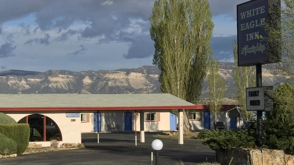 White Eagle Inn & Vacation Rental Cortez