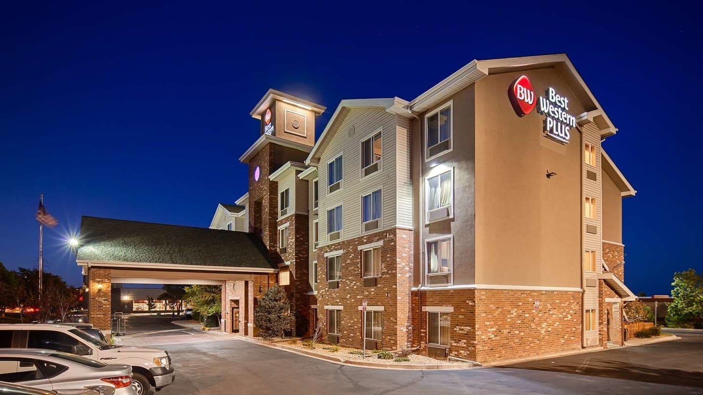 Best Western Plus Gateway Inn & Suites Aurora