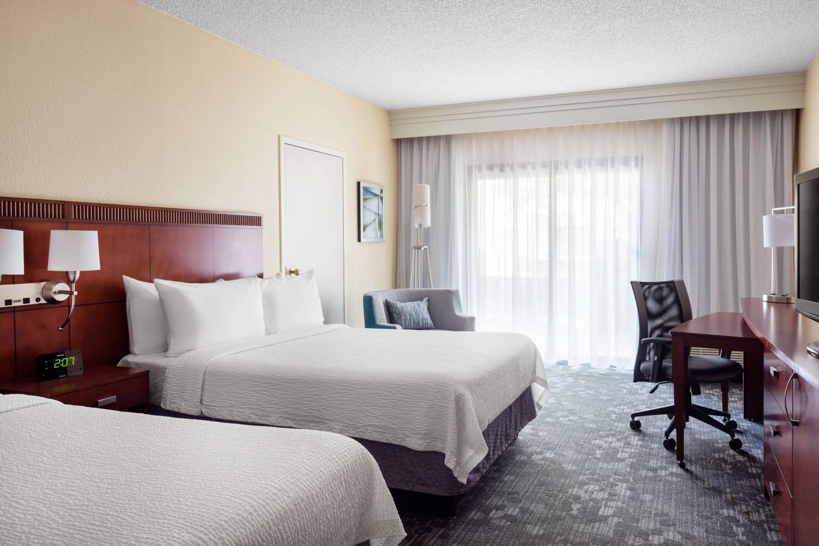 Courtyard by Marriott Denver Stapleton Hotel Room