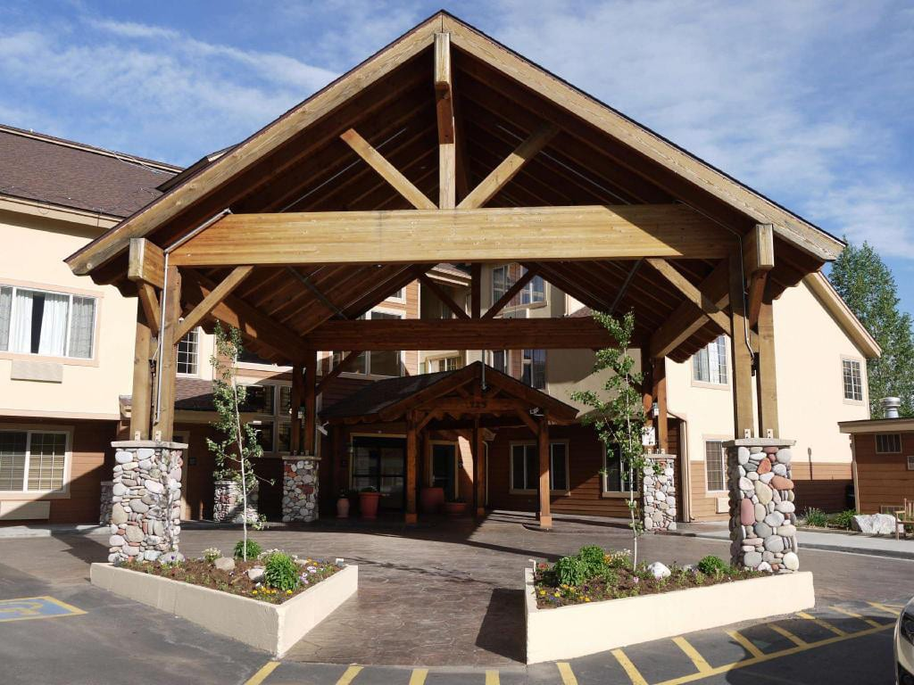 Hampton Inn Suites Steamboat Springs Entrance